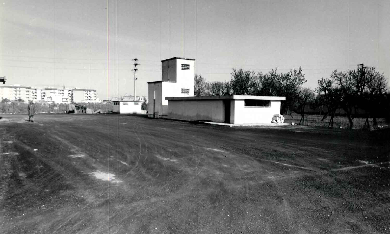 1960 - Interno e veduta parziale sistemazione piazzale